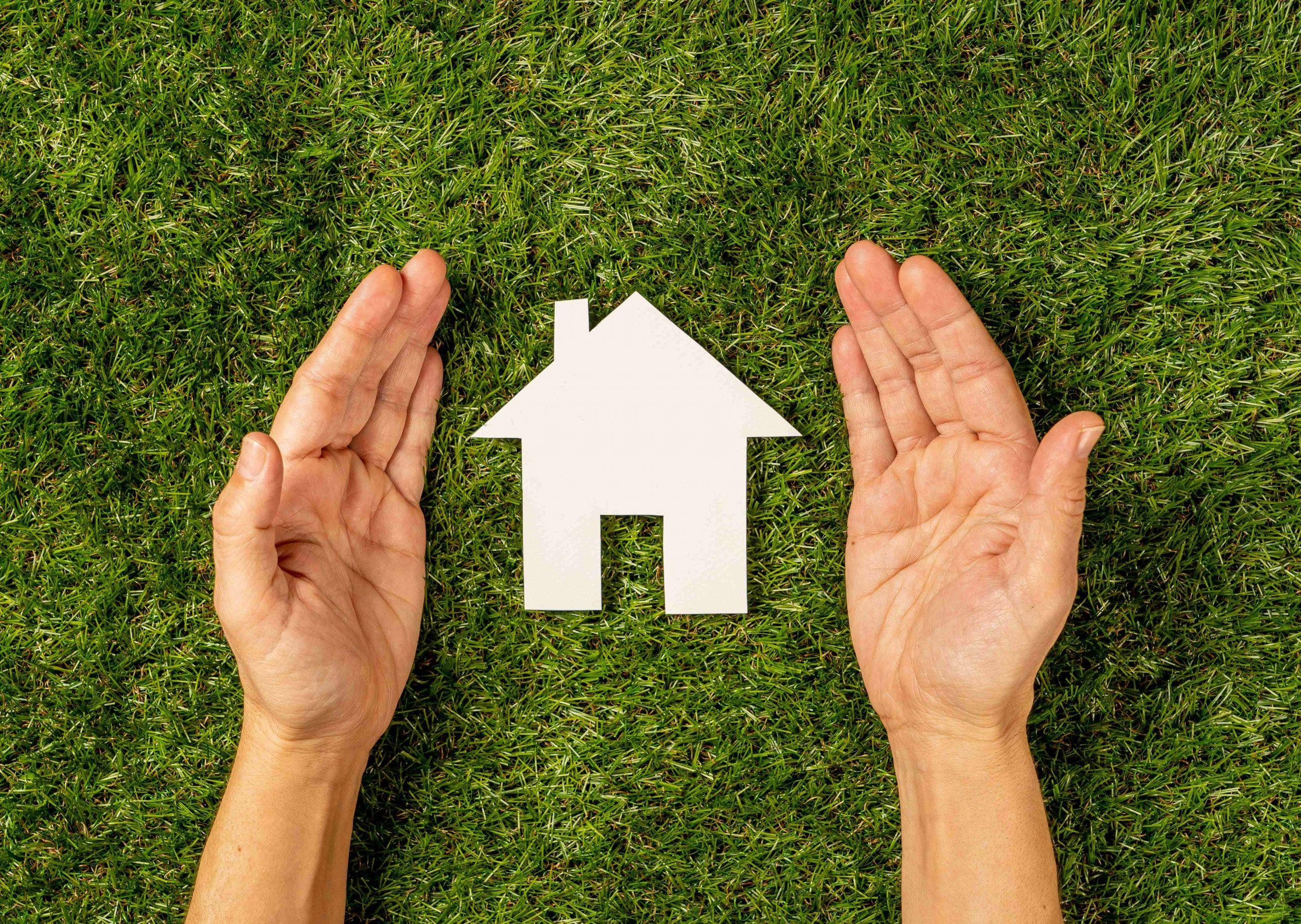 Compra tu terreno y construye una casa con alta plusvalía.